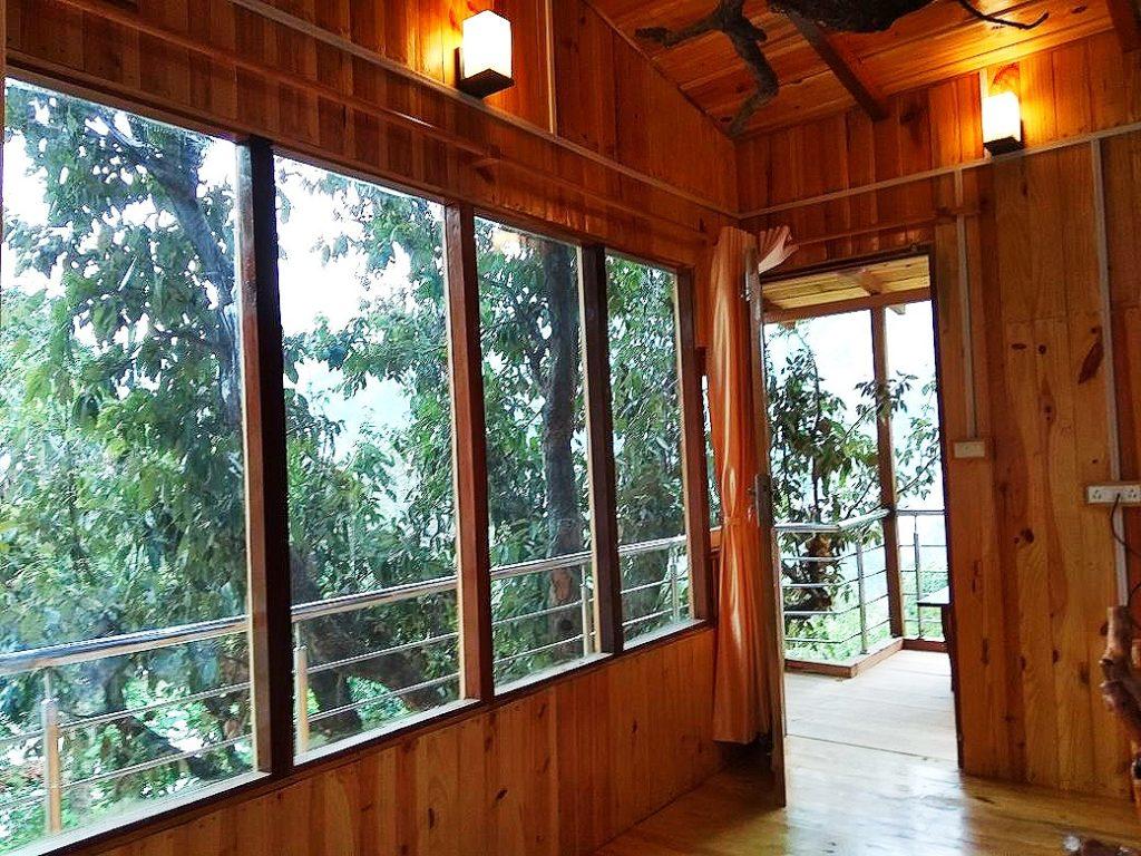Jungle tree house Balcony